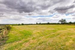 Land To Let  Olney Buckinghamshire MK46