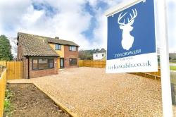 Detached House For Sale  Milton Keynes Buckinghamshire MK3