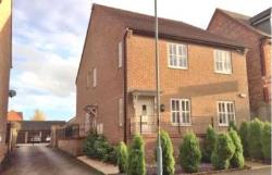 Maisonette To Let  Milton Keynes Buckinghamshire MK8
