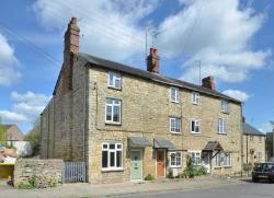 End Terrace House For Sale  Brackley Northamptonshire NN13