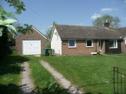 Semi - Detached Bungalow To Let  Bicester Buckinghamshire OX27