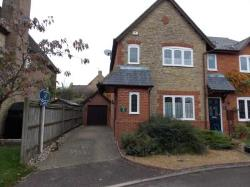 End Terrace House To Let  Bicester Buckinghamshire OX27