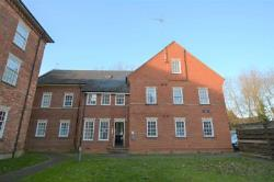 Flat To Let  Buckingham Buckinghamshire MK18