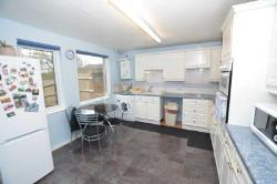 Terraced House To Let  Milton Keynes Buckinghamshire MK14