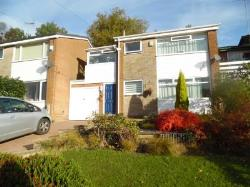 Detached House For Sale  Oldham Greater Manchester OL2
