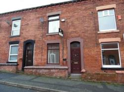 Terraced House To Let  Oldham Greater Manchester OL1