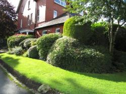 Flat For Sale  Oldham Greater Manchester OL1