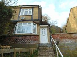 Detached House To Let  Caterham Surrey CR3
