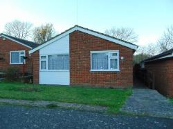 Detached Bungalow To Let  Coulsdon Surrey CR5
