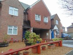 Flat To Let  Epsom Surrey KT19