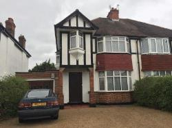 Flat To Let  Epsom Surrey KT17