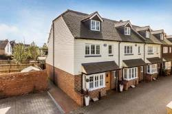 Terraced House For Sale  HANDCROSS West Sussex RH17