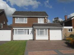 Detached House To Let  Redhill Surrey RH1