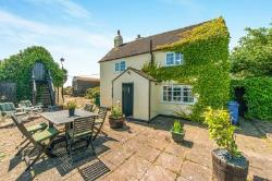 Detached House For Sale Upchurch Sittingbourne Kent ME9