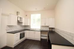 Flat To Let  Oldham Greater Manchester OL4