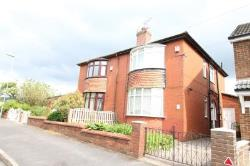 Semi Detached House To Let Royton Oldham Greater Manchester OL2