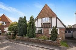 Detached House For Sale  Shepperton Surrey TW17