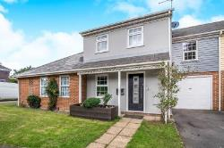 Semi Detached House For Sale Kemsley Sittingbourne Kent ME10