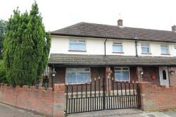 Semi Detached House For Sale Lords Wood Chatham Kent ME5