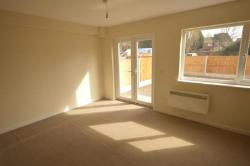 Flat To Let  Wolverhampton Staffordshire WV6