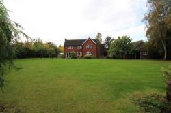 Detached House To Let Severn Stoke Worcester Worcestershire WR8