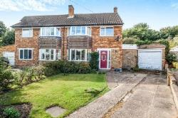 Semi Detached House For Sale Chalfont St. Peter Gerrards Cross Buckinghamshire SL9
