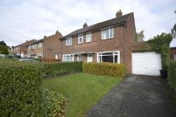 Semi Detached House To Let Mill End Rickmansworth Hertfordshire WD3
