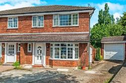 Semi Detached House To Let Hunton Bridge Kings Langley Hertfordshire WD4