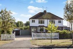 Semi Detached House For Sale Teston Maidstone Kent ME18