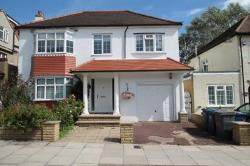 Detached House For Sale  Whetstone Greater London N20