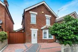 Detached House For Sale  Southampton Hampshire SO18