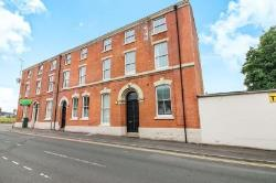 Flat To Let  Blackburn Lancashire BB2