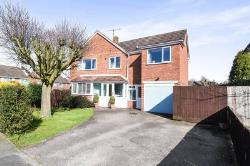 Semi Detached House For Sale  Bromsgrove Worcestershire B61