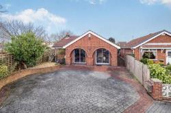 Detached Bungalow For Sale  Nottingham Nottinghamshire NG6