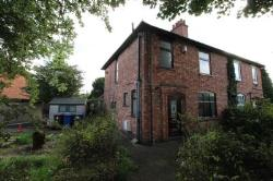 Semi Detached House To Let  Burton-On-Trent Staffordshire DE13