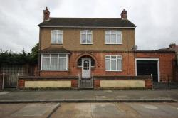 Detached House To Let Chadwell Heath Romford Essex RM6