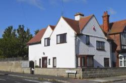 Detached House To Let Cliftonville Margate Kent CT9