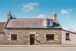 Semi Detached House For Sale Dunshalt Cupar Fife KY14