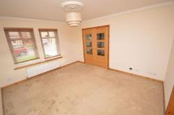 Semi Detached House To Let Blairhall Dunfermline Fife KY12