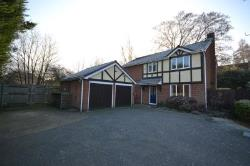 Detached House For Sale  Northampton Northamptonshire NN5
