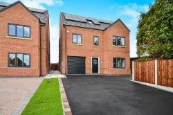 Detached House For Sale Aldercar Nottingham Nottinghamshire NG16