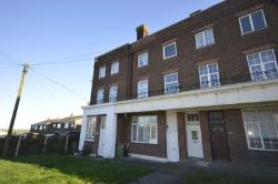 Flat To Let Allhallows Rochester Kent ME3