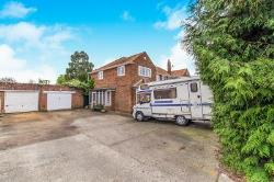 Semi Detached House For Sale High Halstow Rochester Kent ME3