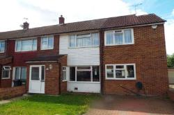 Detached House To Let  Slough Berkshire SL3