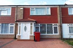 Semi Detached House To Let Langley Slough Berkshire SL3