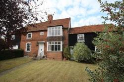 Detached House For Sale  Southfleet Kent DA13