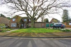 Detached House For Sale Meopham Gravesend Kent DA13
