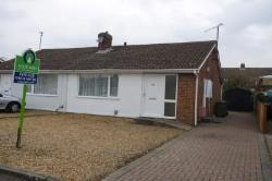 Semi - Detached Bungalow For Sale  Cambridge Cambridgeshire CB4