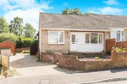 Semi - Detached Bungalow For Sale Sarisbury Green Southampton Hampshire SO31