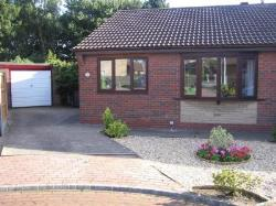 Semi - Detached Bungalow To Let Bottesford Scunthorpe Lincolnshire DN16